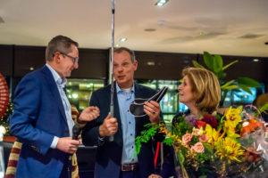 Frans van Beek, Klaas met de Lob wedge en Els van der Valk tijdens de Nieuwjaarsreceptie